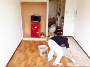 床工事もできるよ小山社長!クッションフロアを張ってみた!