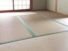 樹脂畳の新調と襖